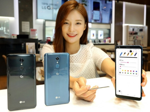 LG تكشف عن هاتف Q8 2018 بشاشة كبيرة وقلم ذكي!