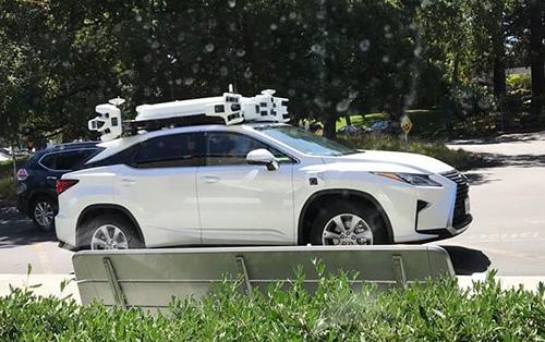 السيارات ذاتية القيادة أحد مشروعات البحث والتطوير في آبل