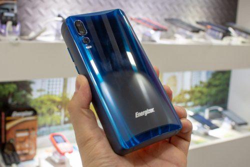 أول هاتف في العالم ببطارية 18000 ملي أمبير