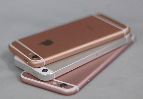 شائعات - الكثير من هواتف الآيفون قد لا يصلها تحديث iOS 13 !