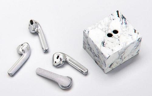 بالصور - سماعات آبل AirPods من الماس بسعر 20 ألف دولار!