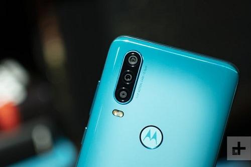 الكشف رسمياً عن Motorola One Action مع كاميرا أكشن واسعة الزاوية وقدرات فائقة