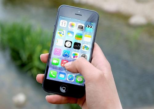 يجب تحديث ايفون 5 إلى iOS 10.3.4 وإلا توقف عن العمل!