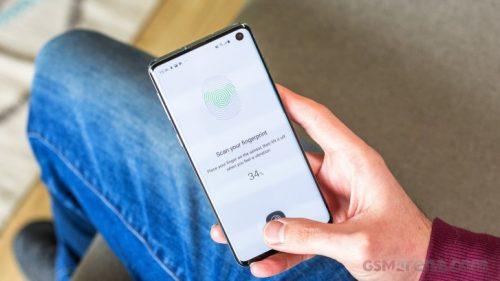 مشكلة خطيرة في Galaxy S10 على المستخدمين الإنتباه لها