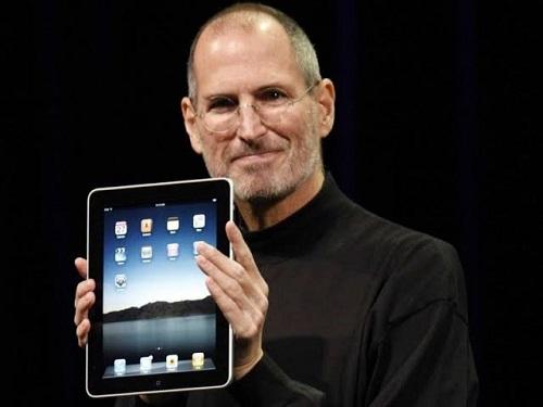 مرور 10 أعوام على إعلان ستيف جوبز عن أول جهاز ايباد!