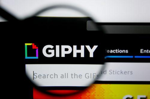 منصة Giphy