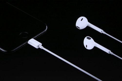 شائعات - هواتف ايفون 12 لن تأتي مع سماعات سلكية مجانية في علبة الشراء!