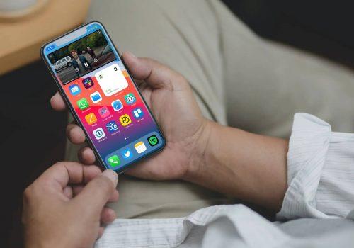 تحديث iOS 14 - ما هي ميزة صورة في صورة Picture in Picture ؟ وكيف تعمل؟