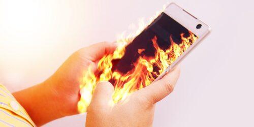 كيف ولماذا تحمي هاتفك من الحرارة الزائدة، وهل تؤثر على هاتفك فعلًا؟