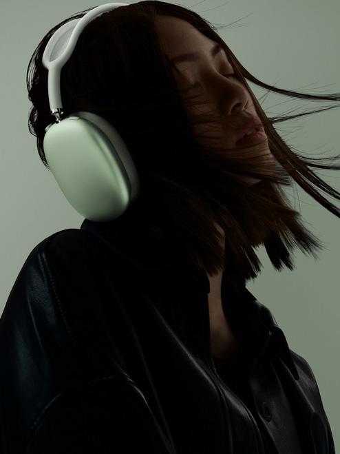 سماعة AirPods Max - الصوت المحيطي