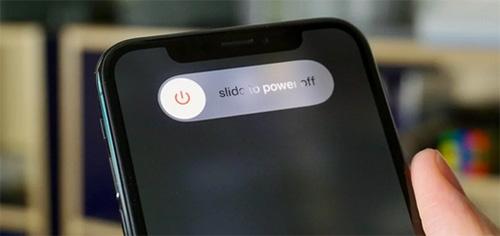 فقط قم بإعادة تشغيل الايفون أو الايباد!