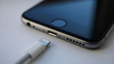 منفذ شحن الايفون أو الايباد لا يعمل؟ إليك كيفية حل المشكلة!