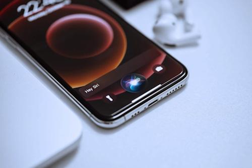 تحديث iOS 15 - كيف سيجعل سماعات AirPods أفضل؟