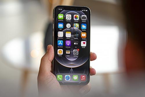 أبرز المزايا التي نتمنى رؤيتها في هواتف iPhone 13