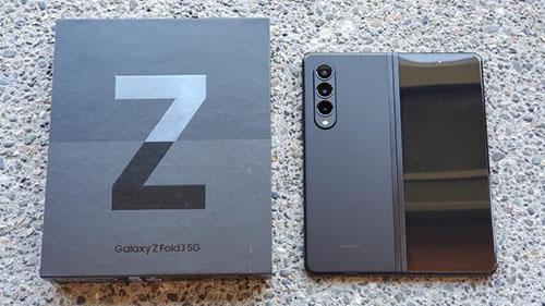 ما هو الفرق بين جالكسي Z Fold 3 وجالكسي Z Fold 2 - هل يستحق؟