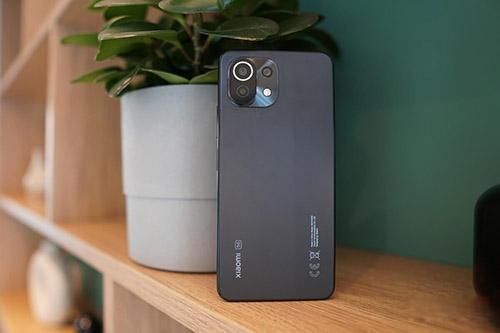 أفضل 5 هواتف في الفئة المتوسطة بديلة لهاتف OnePlus Nord 2