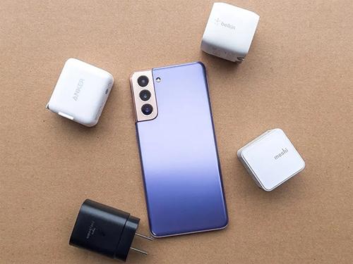 تسريبات - هاتف سامسونج جالكسي S22 Ultra سيدعم الشحن بقوة 45 واط