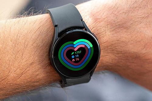 3 أسباب تجعلني أفضل اقتناء ساعة جالكسي Watch 4 عن أي ساعة ذكية أخرى